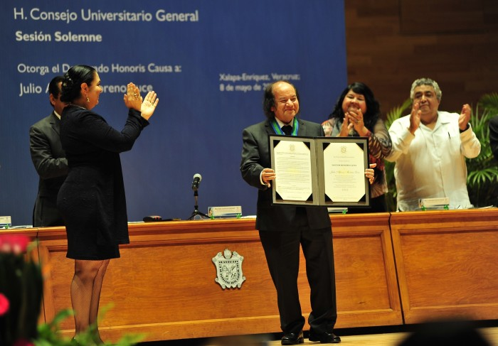 Doctorado Honoris Causa UV para Julio Alfonso Moreno Luce