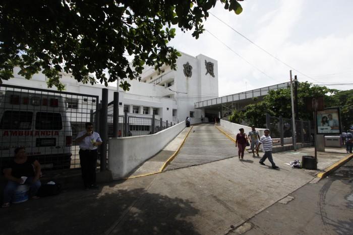 Delincuentes roban a médicos del Hospital en Veracruz, desde hace 5 años