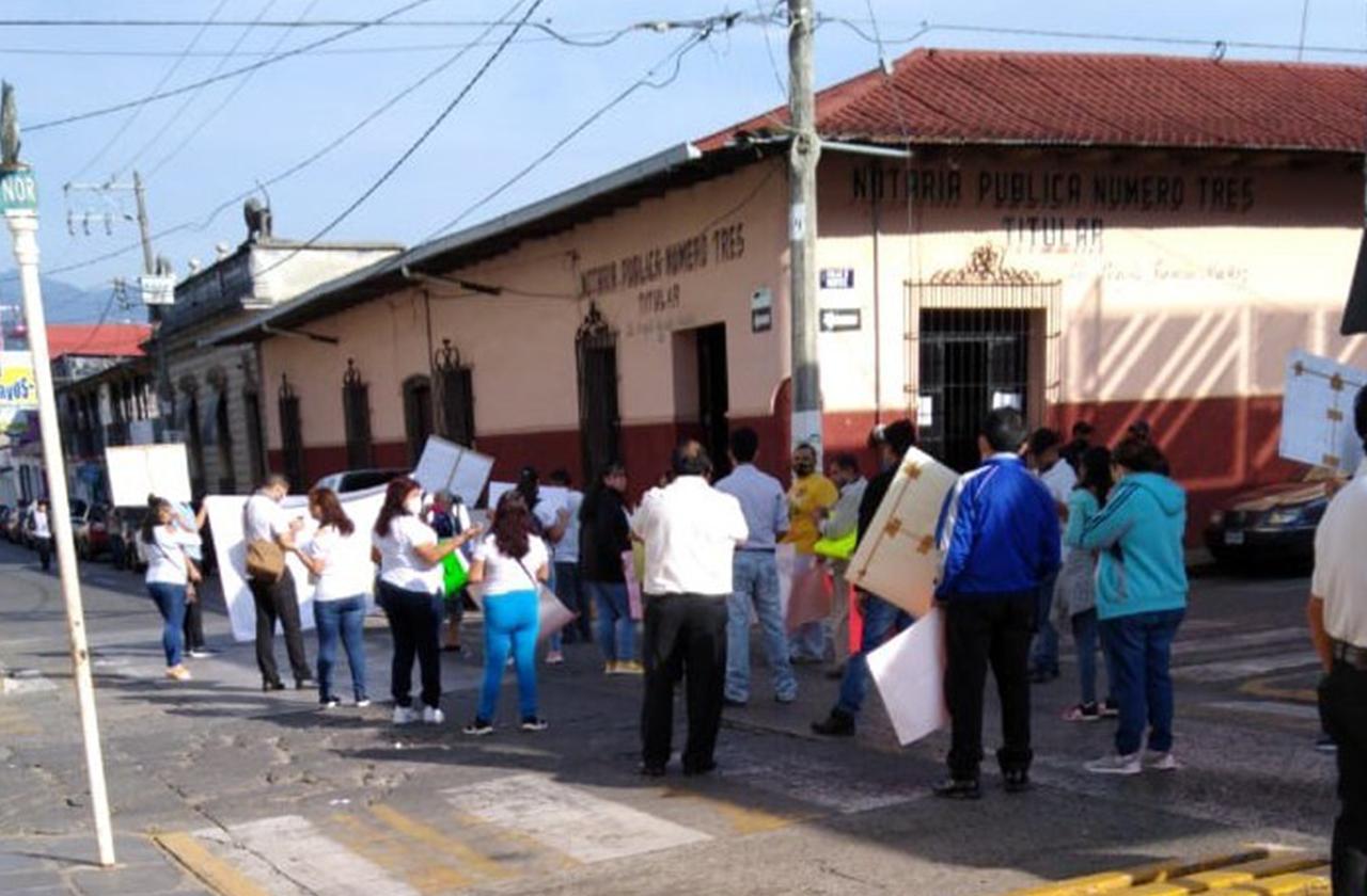 También en Huatusco piden reabrir bares y cantinas