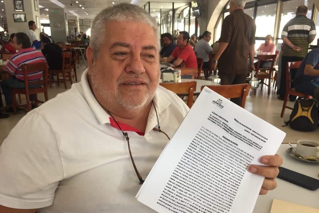 Denuncia Morena robo de camioneta en Hueyapan de Ocampo