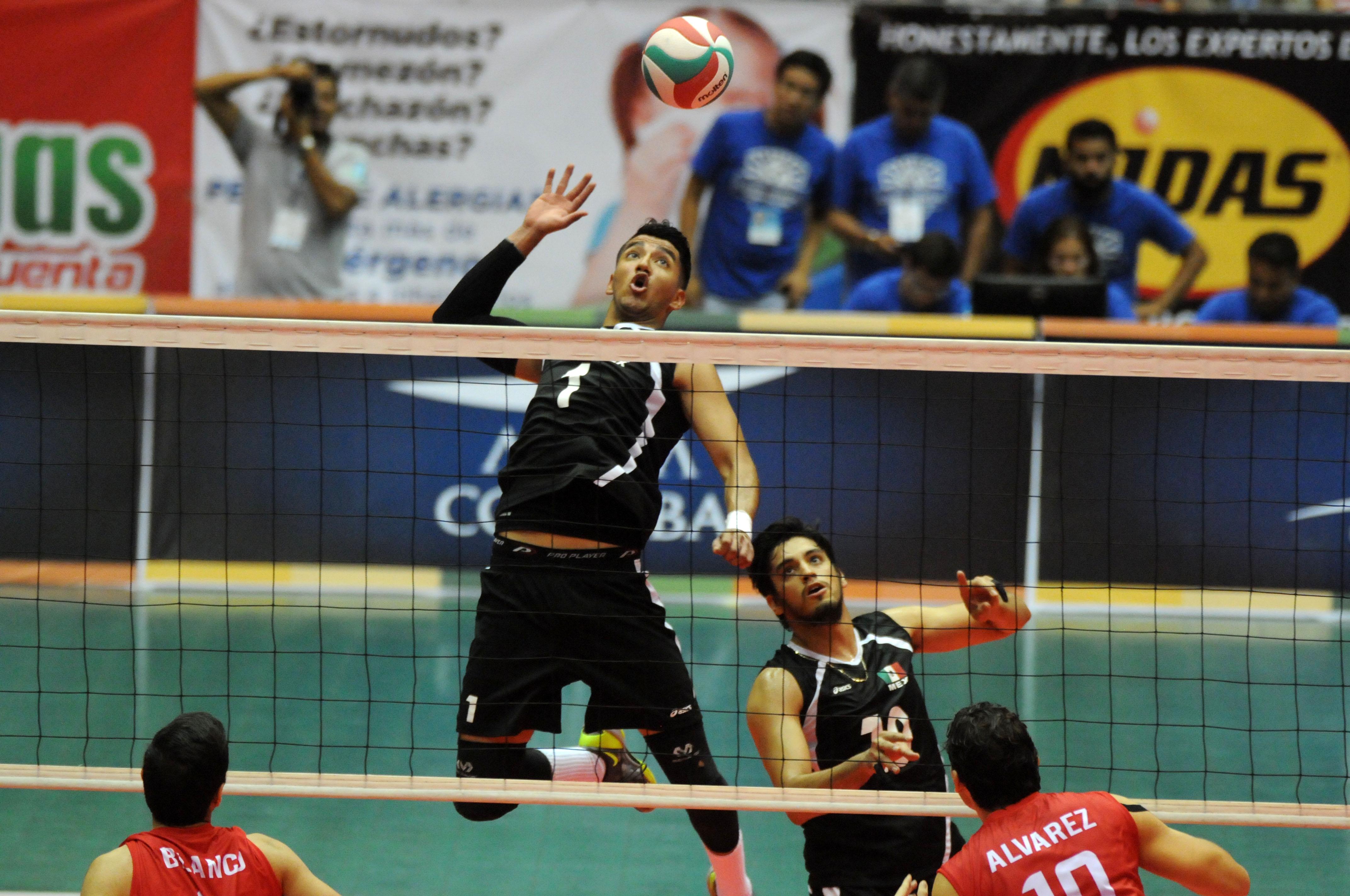 México mantiene el invicto tras derrotar a Costa Rica