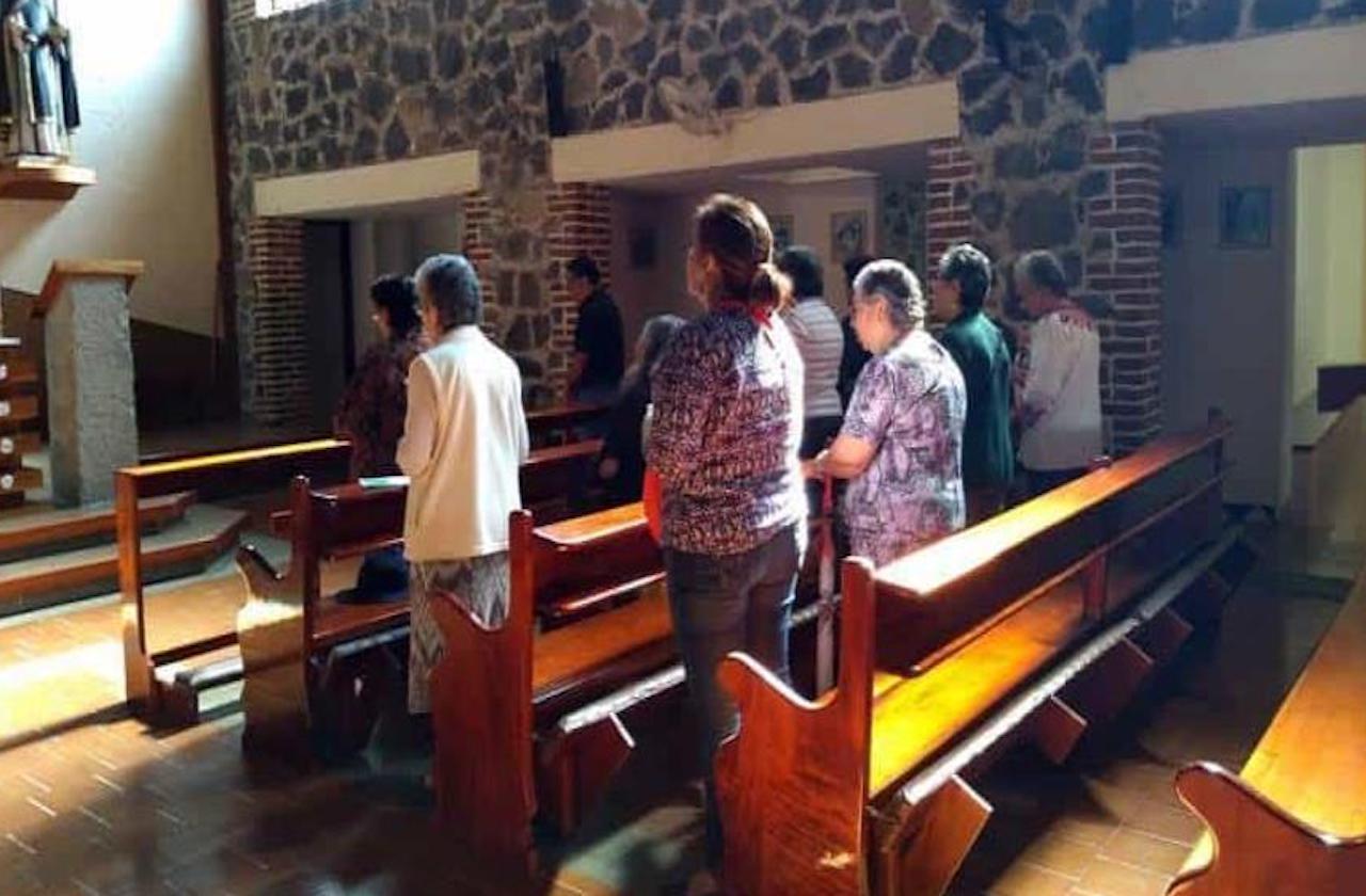 Iglesia de Xalapa impide permanecer en misa a menor con autismo