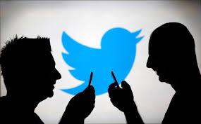 Caen 19% las acciones de Twitter tras desinterés de Google