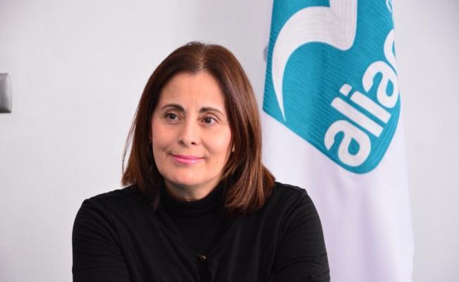 Candidata a gobernadora desata polémica en Facebook