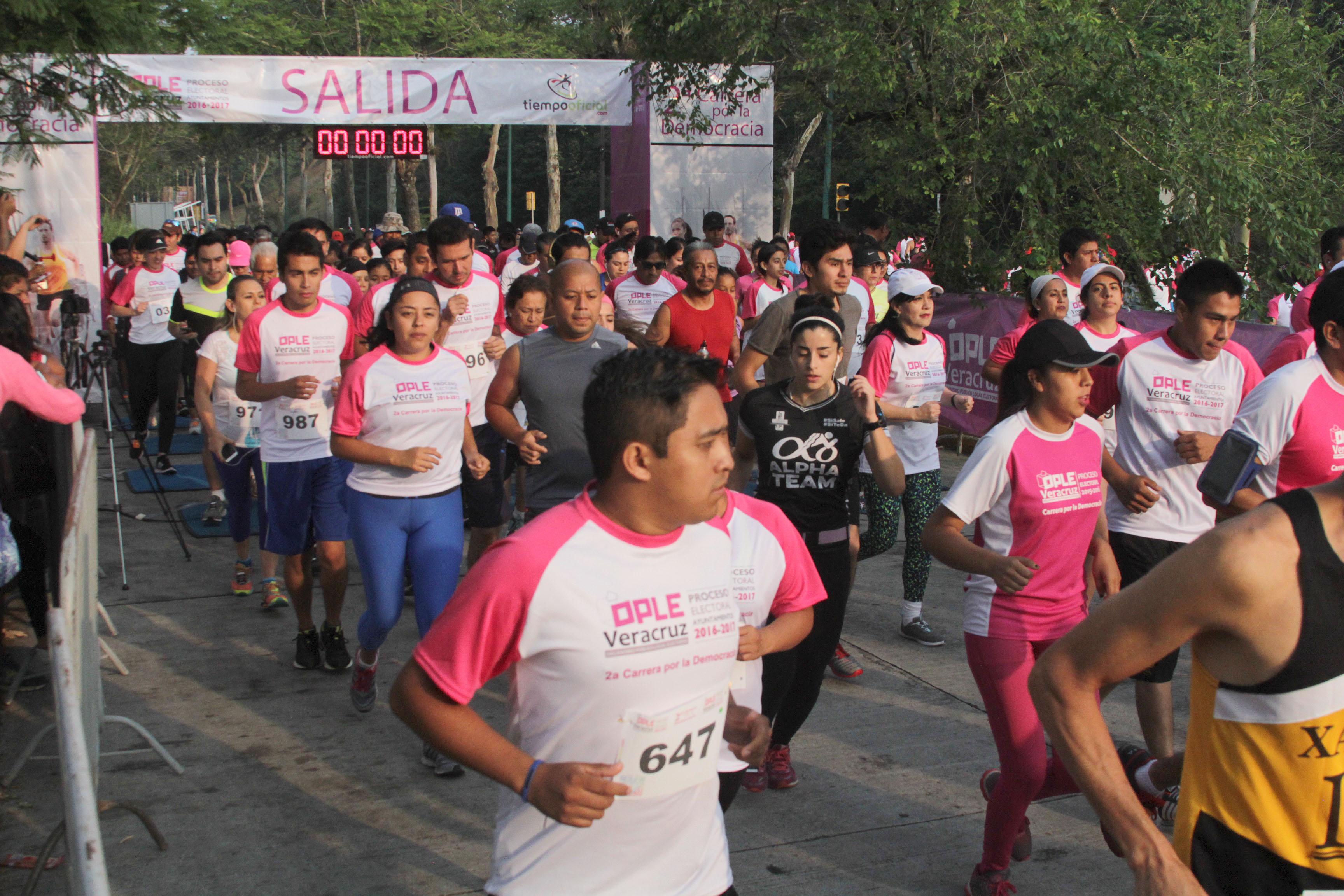 Roban boletas electorales en Veracruz
