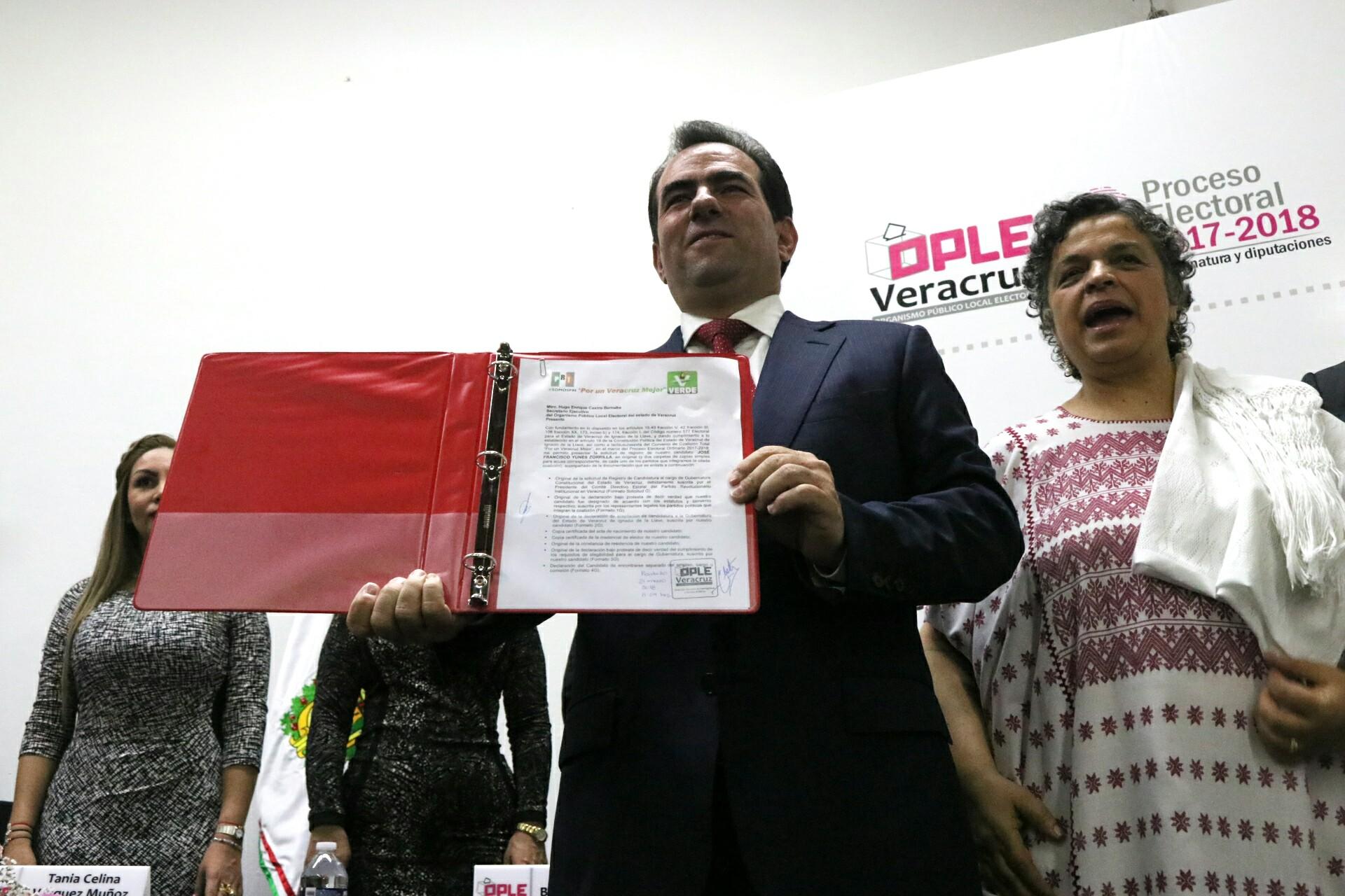 Yunes Zorrilla se registra como candidato del PRI por Veracruz