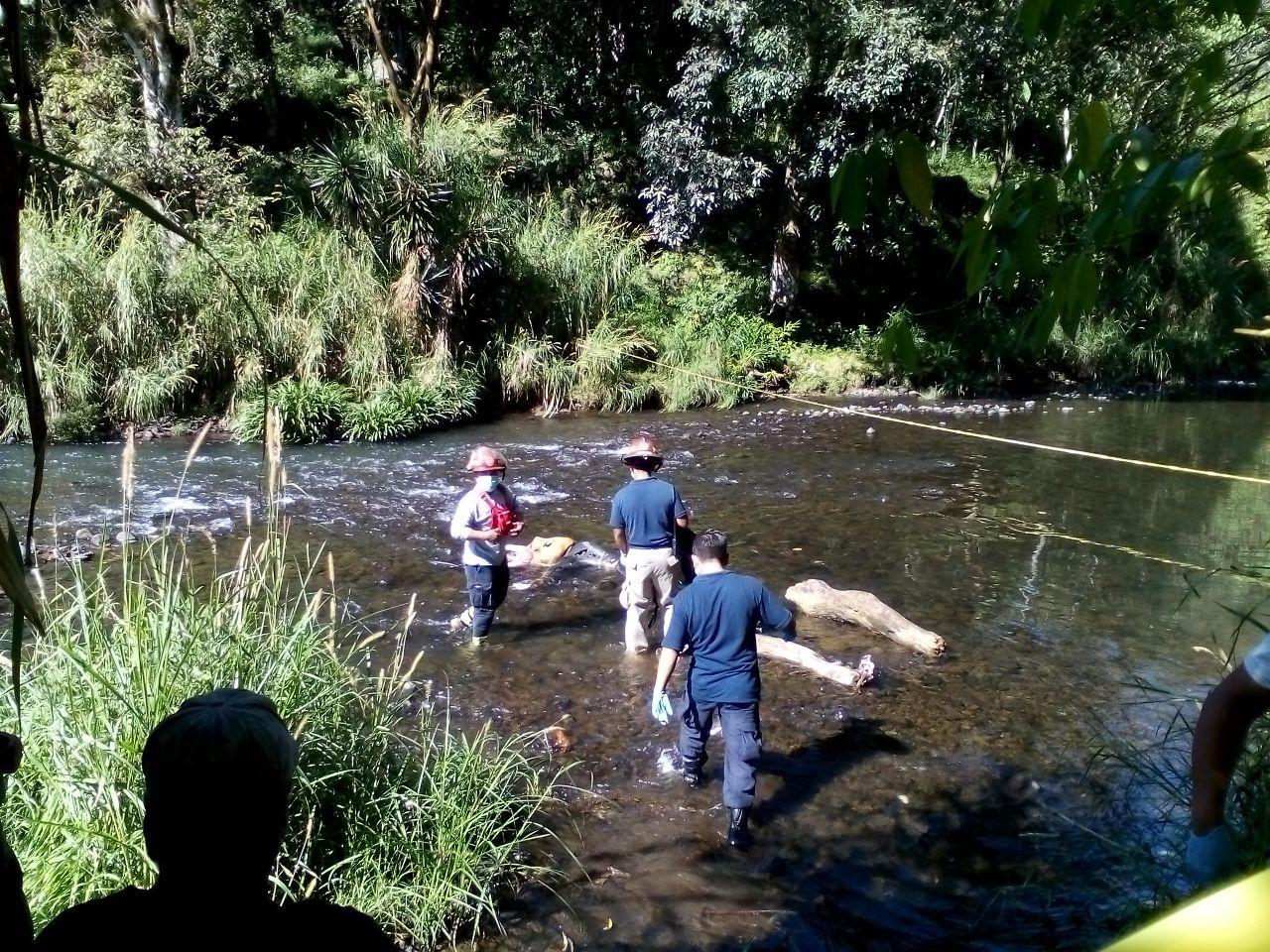 Encuentran cadáver de mujer en el Río Orizabeño de Coatepec