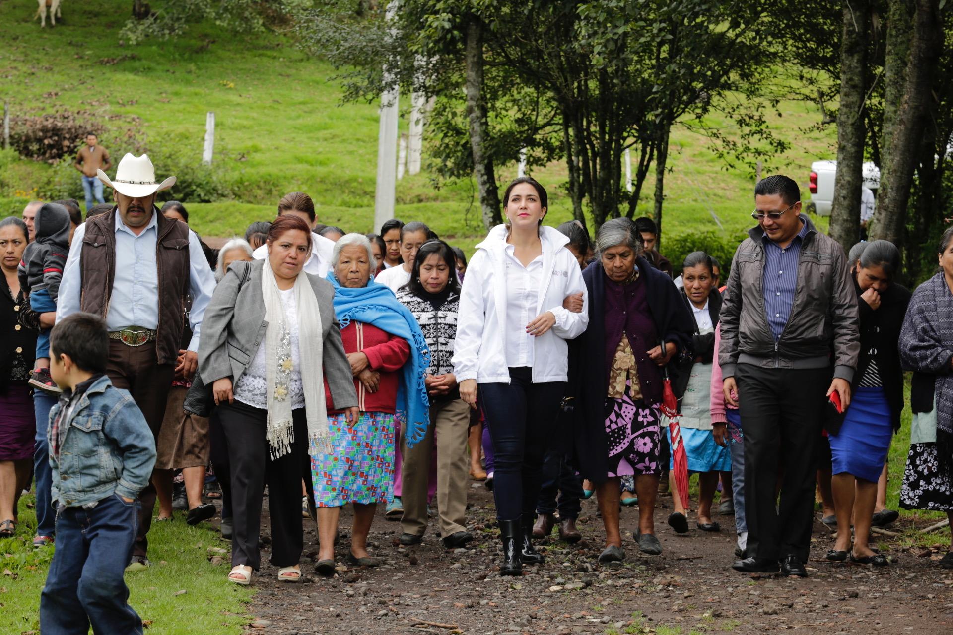 Seguiremos ampliando padrones de beneficiarios de Sedesol: Anilú Ingram