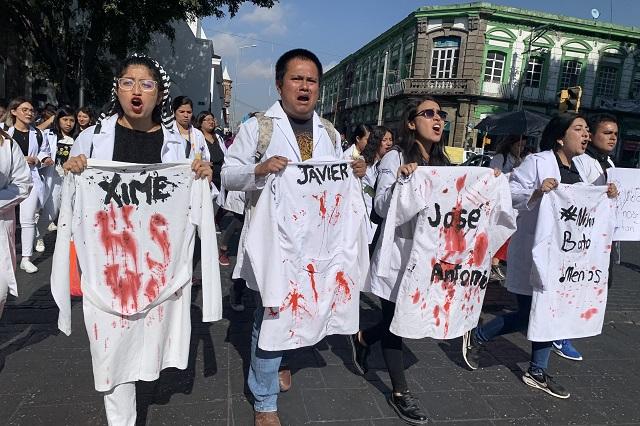 BUAP protesta por multihomicidio de estudiantes; entre ellos un xalapeño
