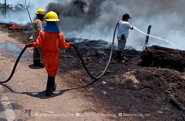Incendio en basurero provoca cierre de carretera Las Matas, en el sur
