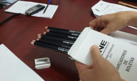 Los crayones para votar no se borran por completo: INE