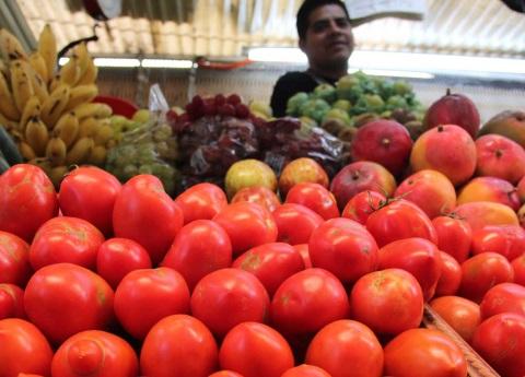 Inflación se mantiene arriba de 6%, aunque baja en julio