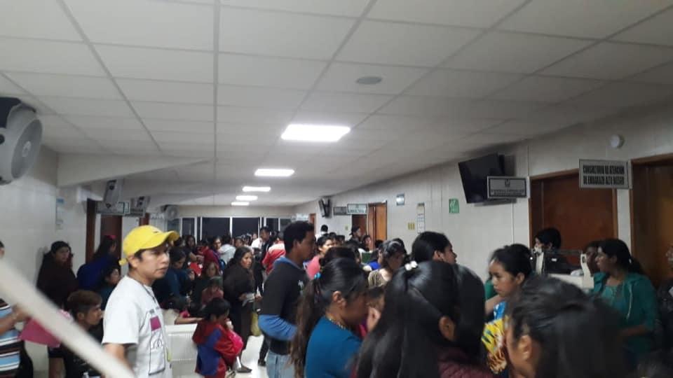 Festejan día del niño y unos 200 se intoxican en Tehuipango