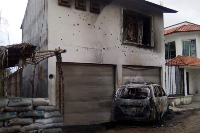 Veracruz: segunda jornada de bloqueos, interceptan autobús y van contra Fuerza Civil