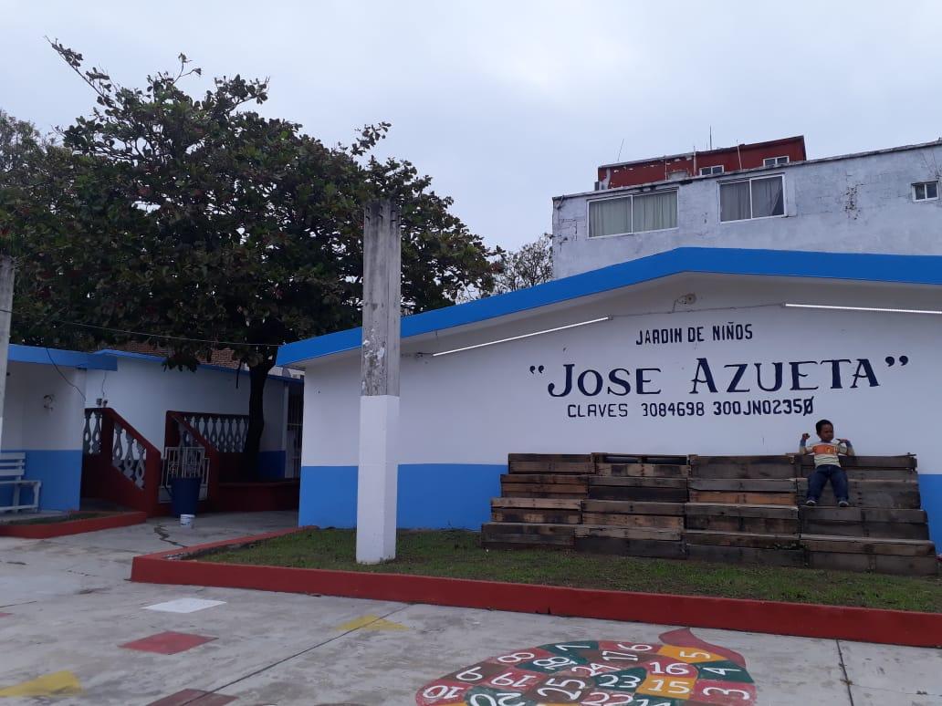 Duarte y Yunes abandonaron obra en jardín de niños, en el puerto