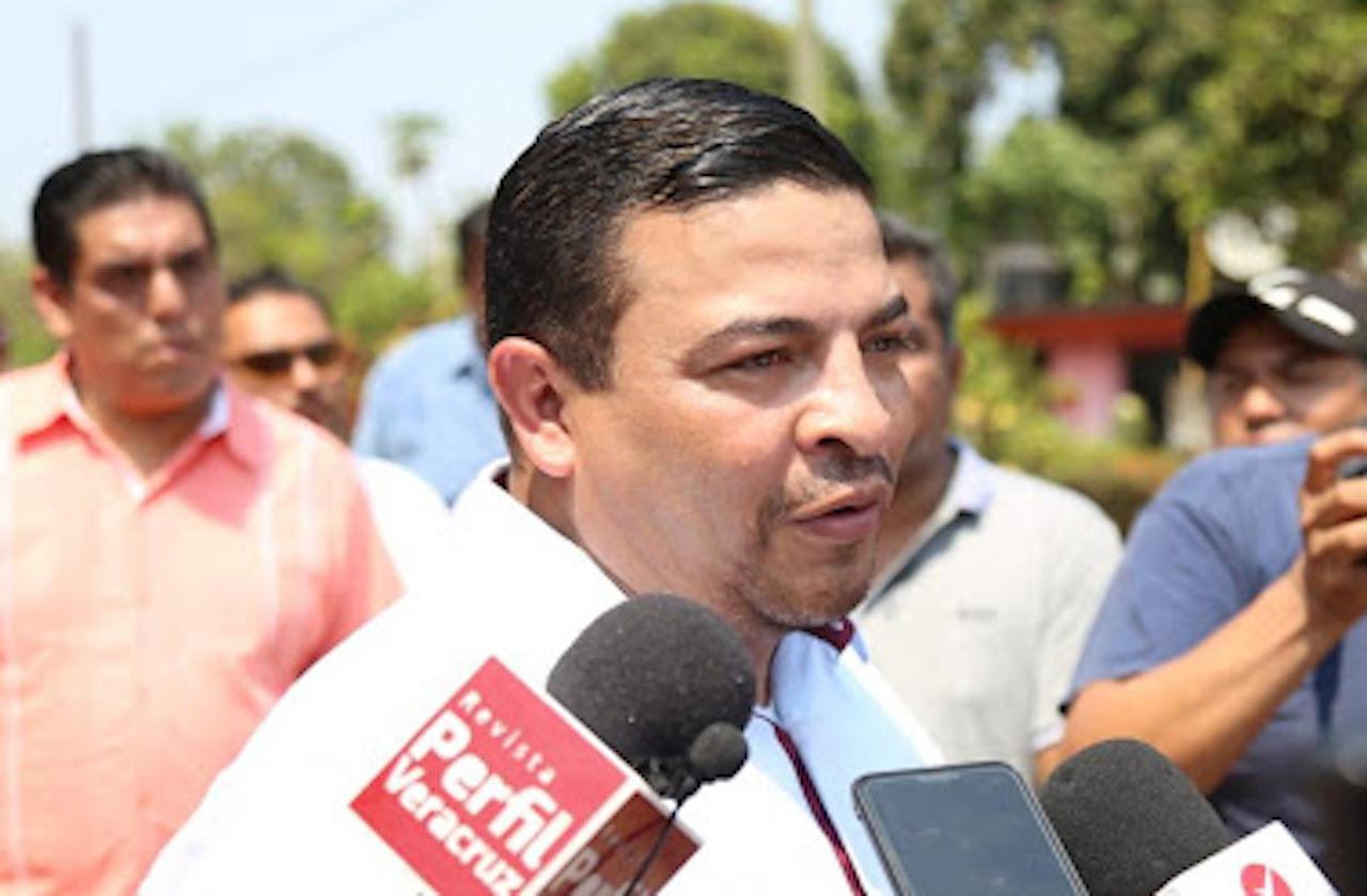 Denuncian ante FGR a líder de MORENA en Congreso local