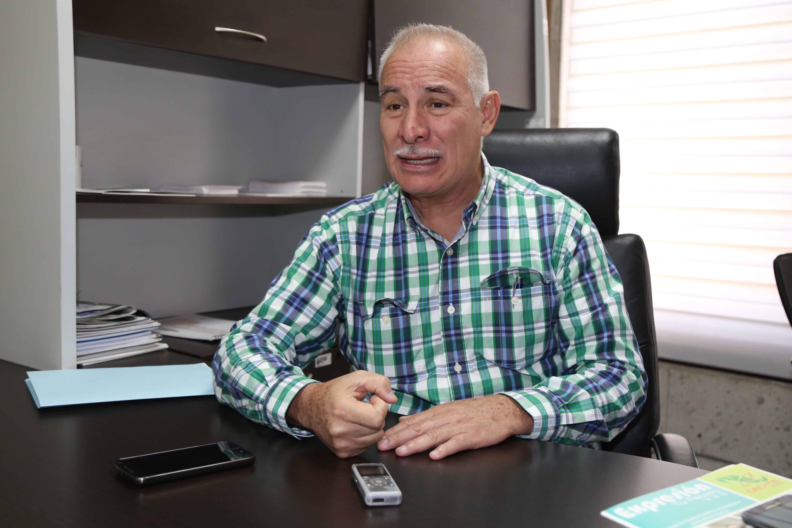 Gobierno del estado metió a buró de crédito a maestros del Cobaev