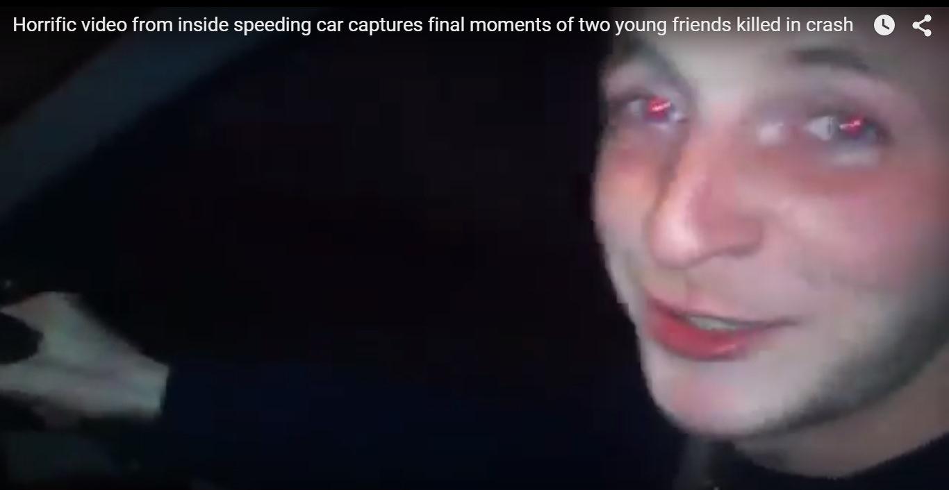 Dos jóvenes filman el accidente en el que murieron