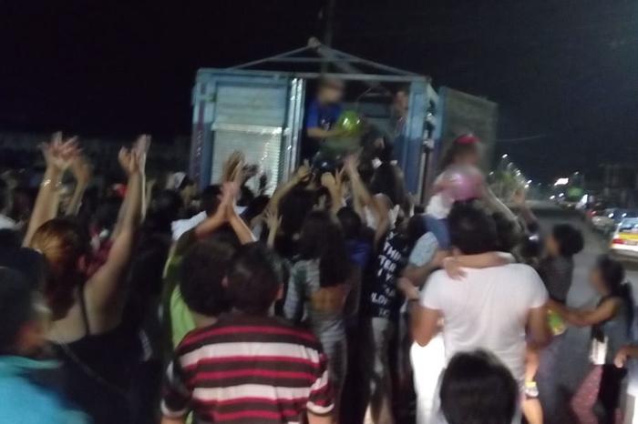 Cártel regala juguetes en Veracruz por Día del Niño y lo presume en redes