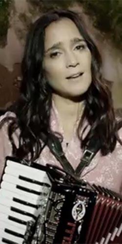 Julieta Venegas estrena videoclip de 'Ese Camino'