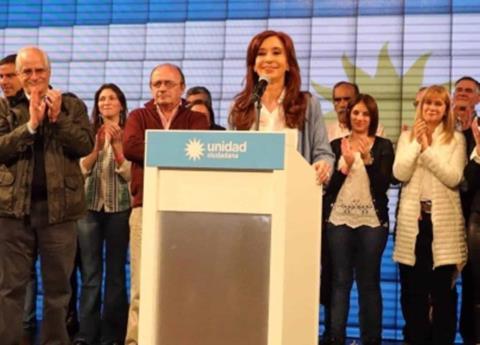 Van contra Cristina Fernández, juez ordenan desafuero y detención