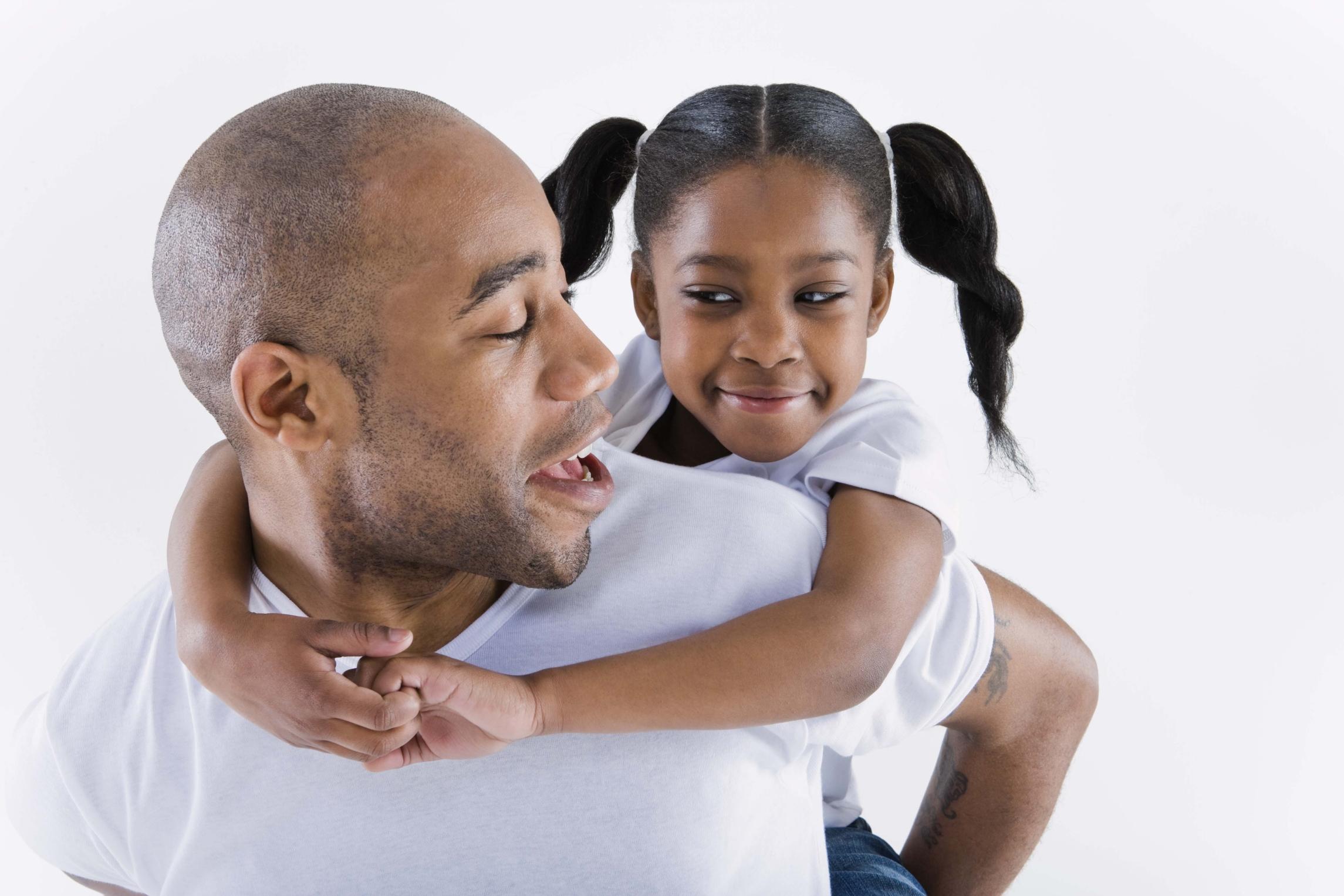 ¿Problemas con papá? Tu relación podría definir a los hombres que atraes