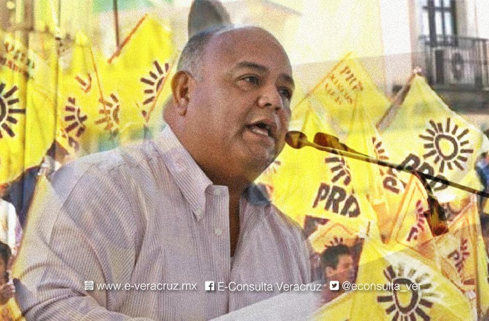 Las denuncias de alcaldes perredistas contra Eric Cisneros