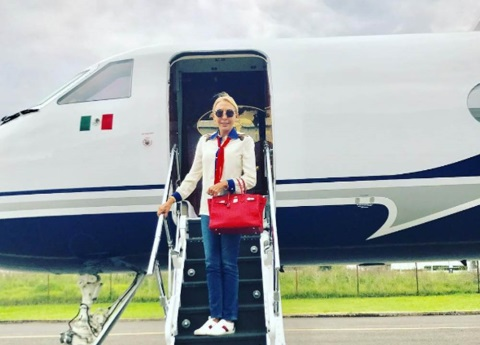 Laura Bozzo presume que es legalmente mexicana