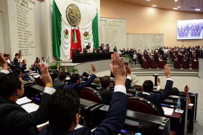 Veracruz: Diputados bajo sospecha son premiados con comisiones