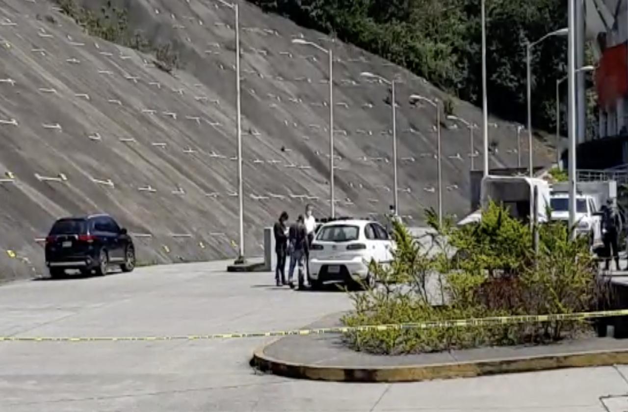 Librar asalto violento y pide ayuda en Velódromo de Xalapa