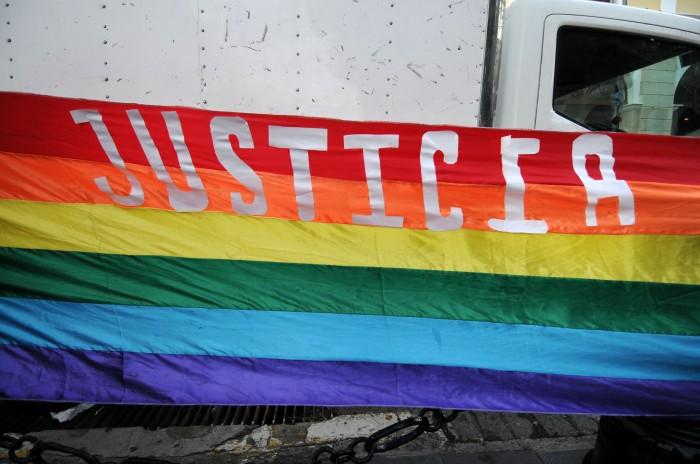 Colectivos LGBTTTI exigen a Yunes cumplir compromisos en DH
