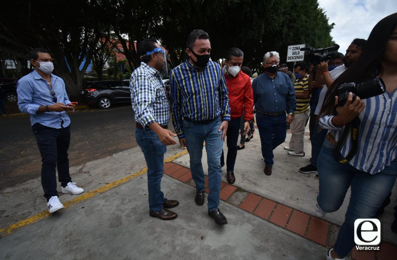 Líderes del PAN-PRD y PRI buscan verificar a Ayuntamientos traidores