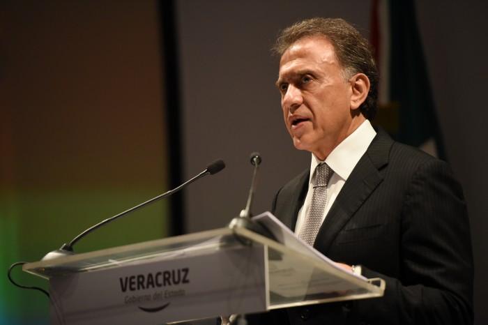Yunes Linares: en análisis la desincorporación fiscal