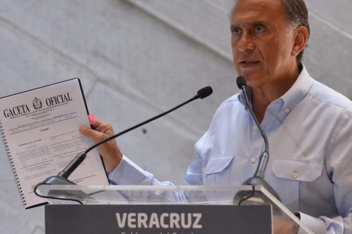 Hoy vence plazo para que Yunes entregue proyecto de presupuesto 2019