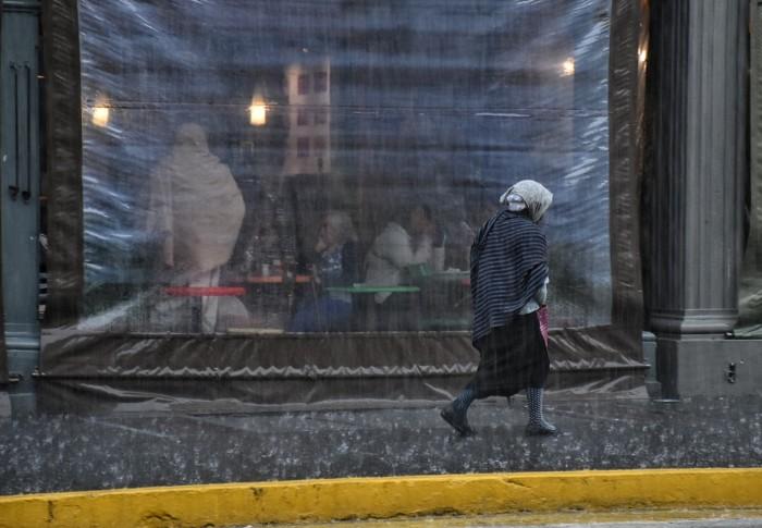Xalapa: inundaciones y árboles caídos por fuertes lluvias