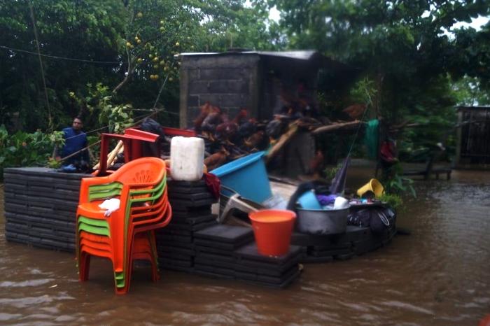 Lluvias colapsan el sur del estado de Veracruz