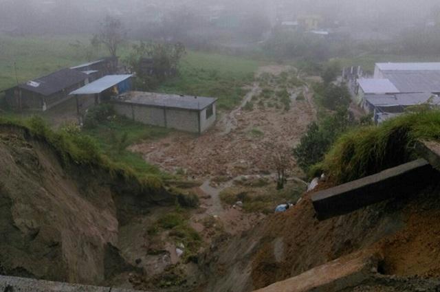 Obliga Katia a desalojar a 1,500 personas en la Sierra Norte
