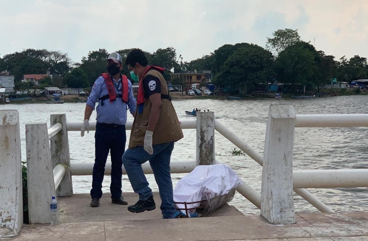 Localizan cadáver flotando en río Coatzacoalcos, en Minatitlán