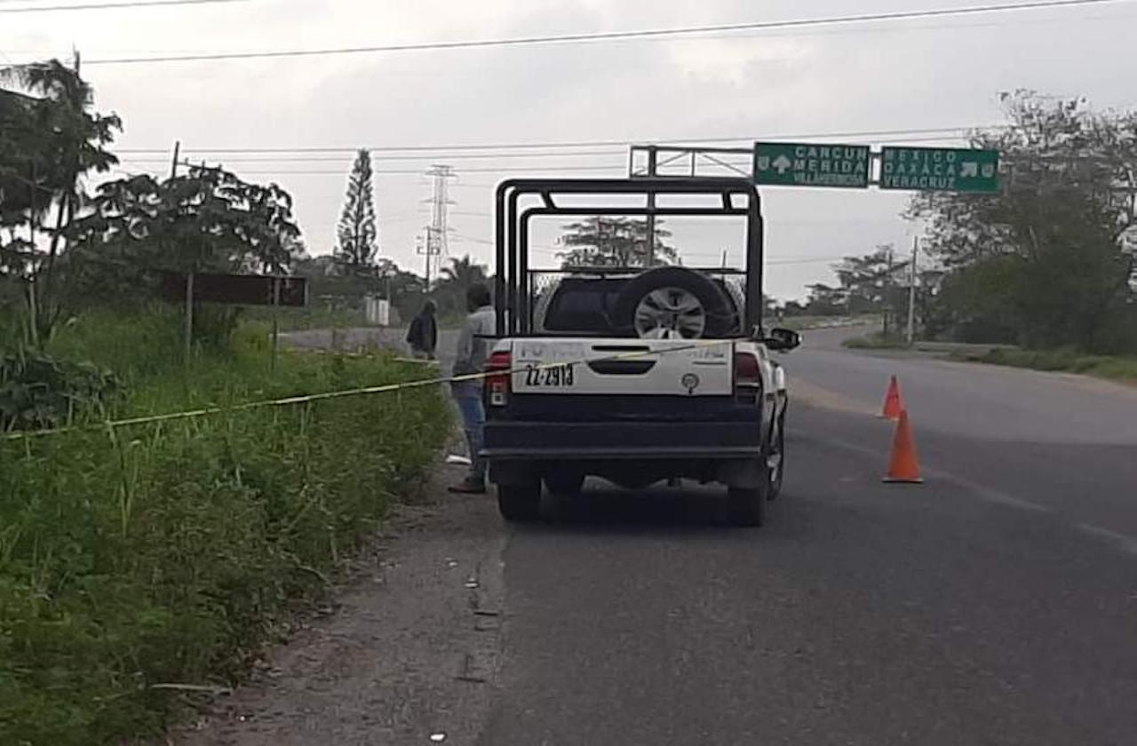 Localizan cuerpo de joven atropellado en carretera de Mina