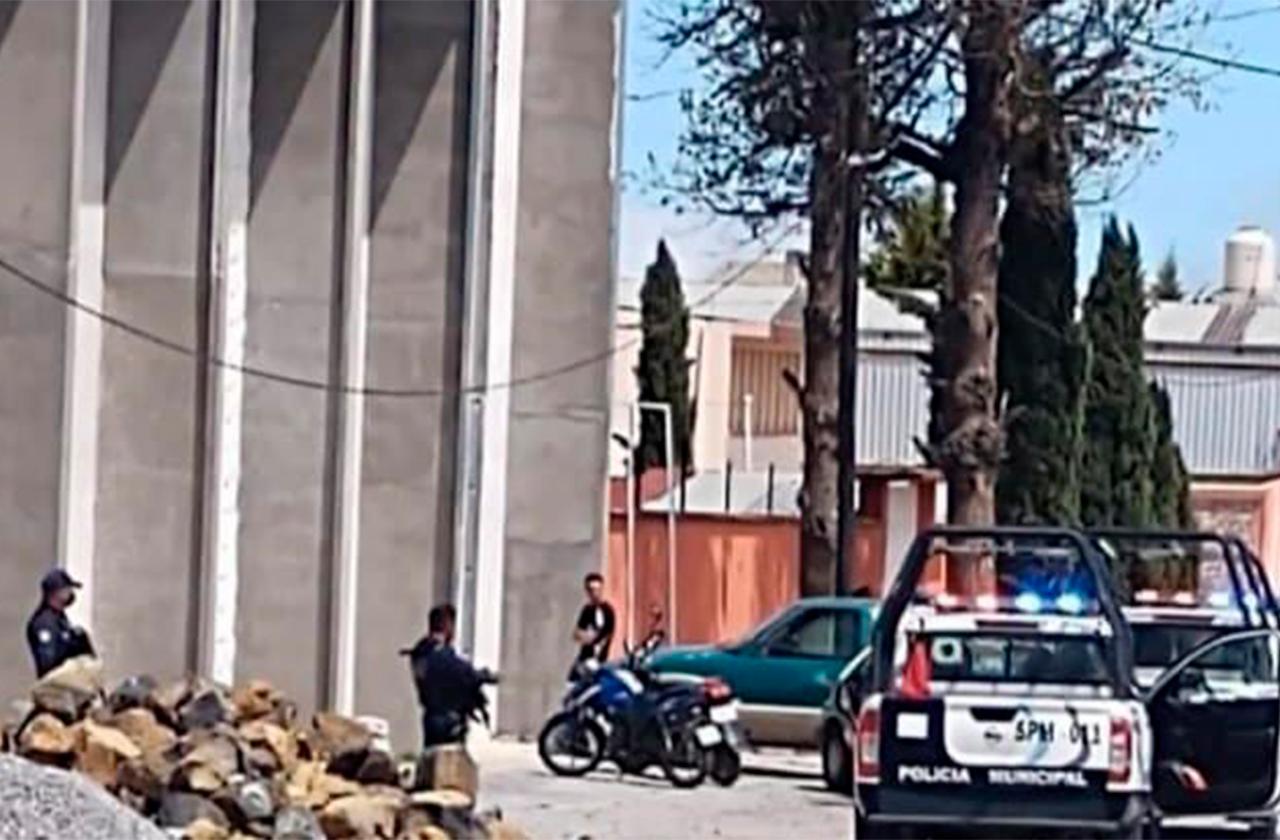 Localizan cuerpo de una mujer dentro de una construcción, en Perote