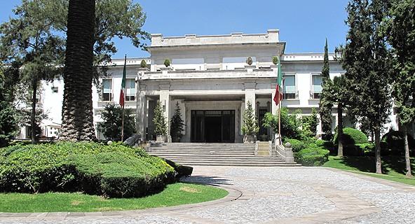 AMLO y PRI pelearán la Presidencia; independientes no los alcanzarán: Lozano