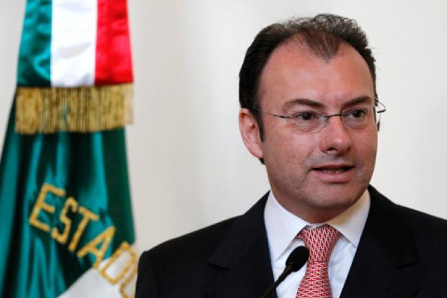 Pide Videgaray a legisladores no gravar con IVA a medicinas ni alimentos