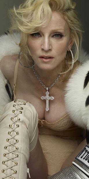 Madonna presentó Bitch I m Madonna