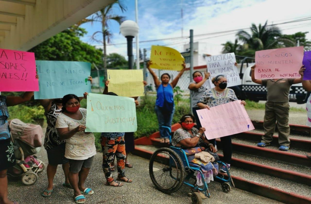 Madres exigen justicia para menores abusados en Cosoleacaque