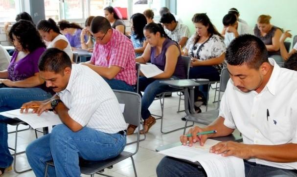 Maestros cesados por reprobar examen ya fueron reinstalados por la SEV