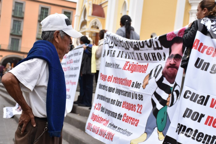 Protesta el Sinmve en Xalapa; reclaman comisionados