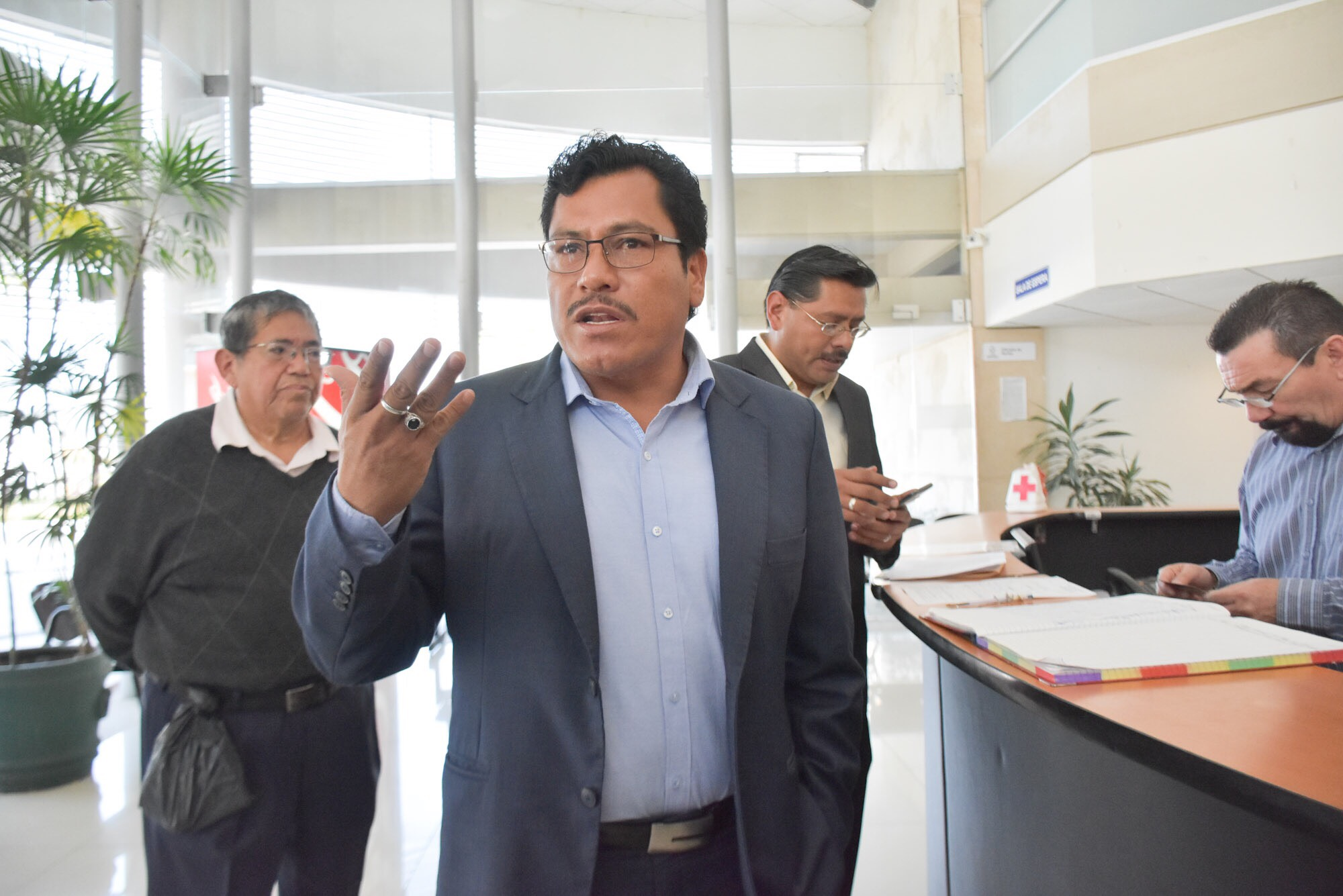 Cazarín y Cisneros engañan al gobernador: Maleno