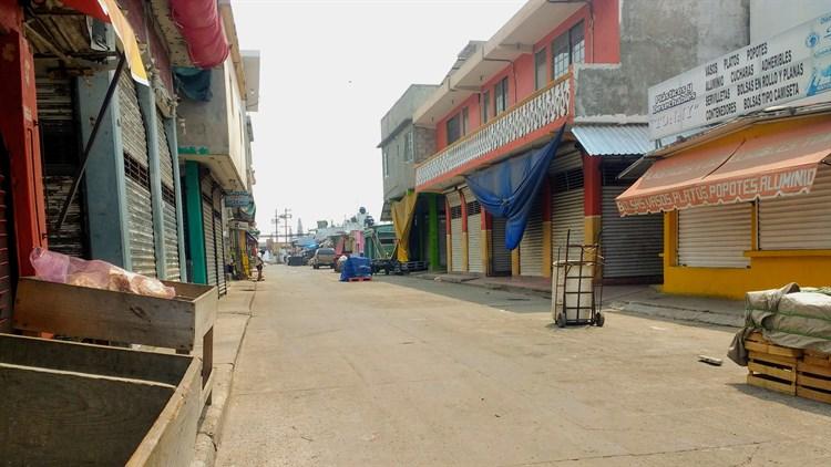 Totalmente abandonado Mercado Malibrán de Veracruz