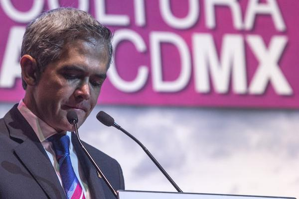 Mancera pide a Veracruz información por caso de periodista asesinado