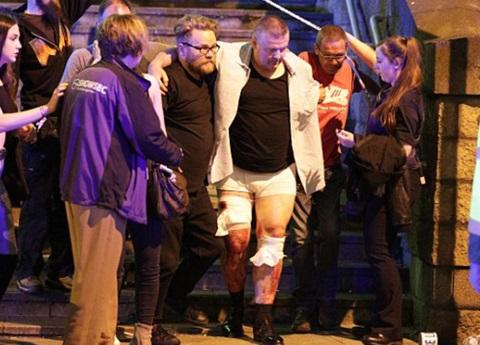 22 muertos en Manchester por explosiones en un estadio